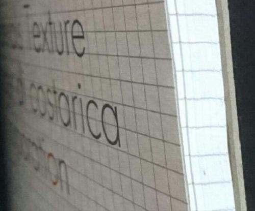 エトランジェディコスタリカノートの台紙